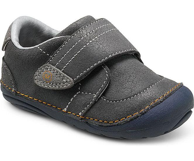 stride-rite-sm-kellen-sneaker