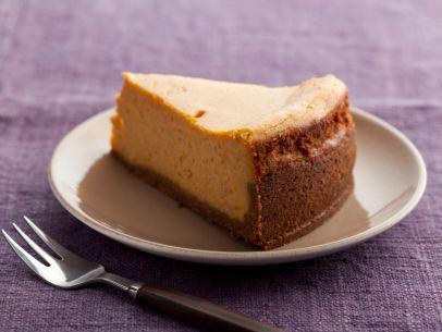 thanksgiving-2011_pa1112-pumpkin-cheesecake_s4x3-jpg-rend-sni12col-landscape