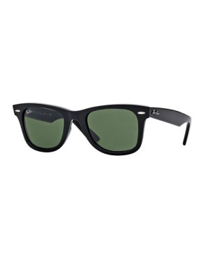 Gifts For Dad Under $200 - Ray-Ban Classic Wayfarer Sunglasses