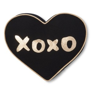 10 Under $10 - Valentine's Day Gifts For Kids - Mini Heart Xoxo Throw Pillow