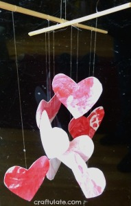 14 Valentine's Day Crafts For Toddlers - Heart Mobile