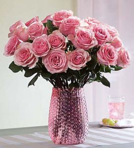 50 Valentine's Day Gifts For Her Under $50 - Pretty in Pink Rose Bouquet