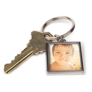 50 Valentine's Day Gifts For Him Under $50 - Photo Keychain