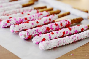 14 Valentine's Day Crafts For Toddlers - White Chocolate Dipped Pretzel Rods