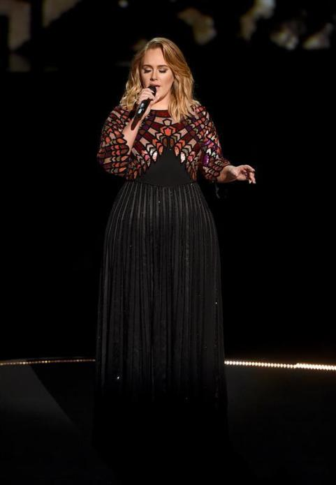 Top 5 Best Dressed Moms at the Grammys - Adele