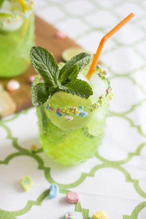 17 St Patrick's Day Cocktails - Lucky Leprechaun Rum Punch